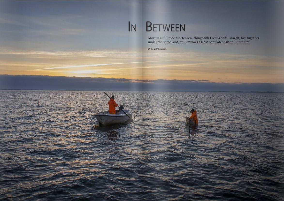 In Between / Magazine