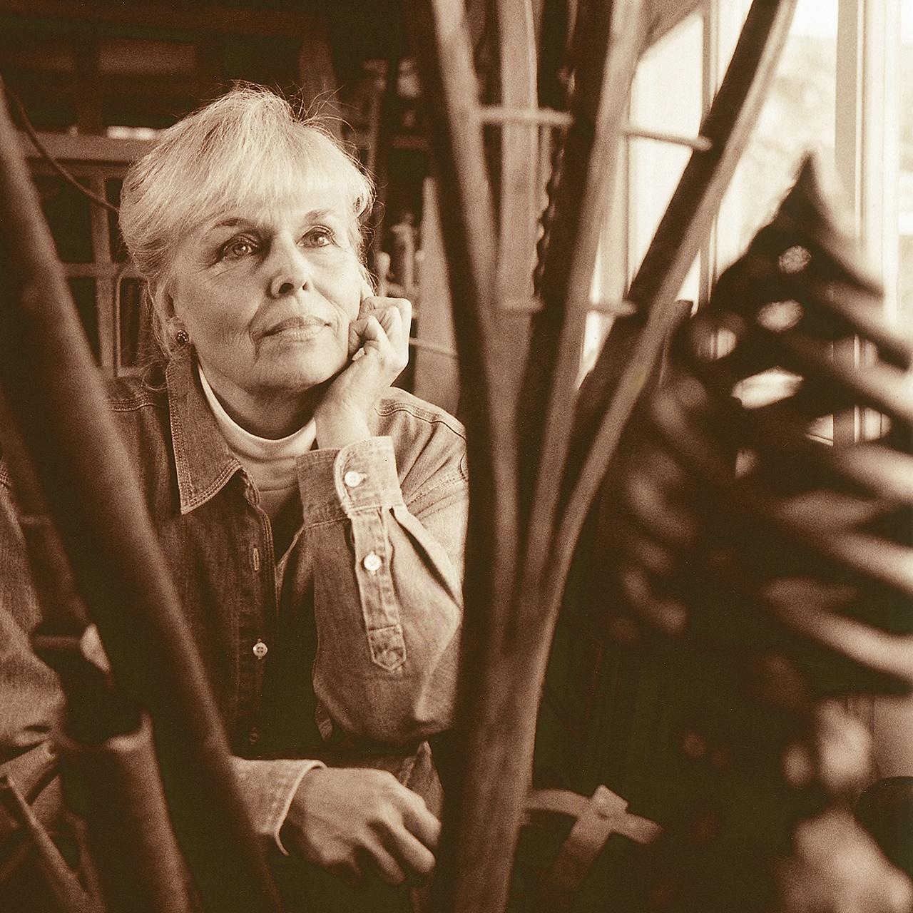 Betty McGeehan - Sculptor