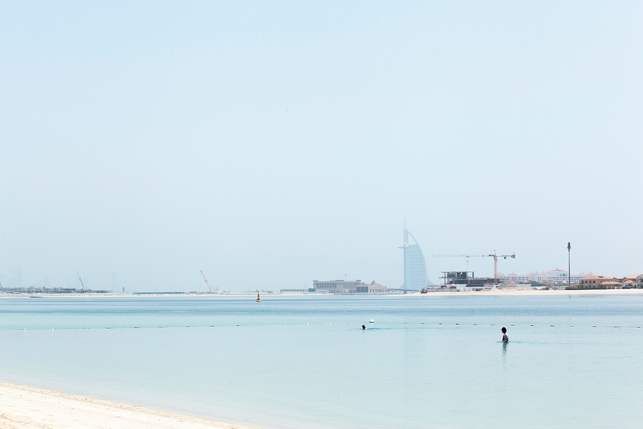 Swimming in Dubaï
