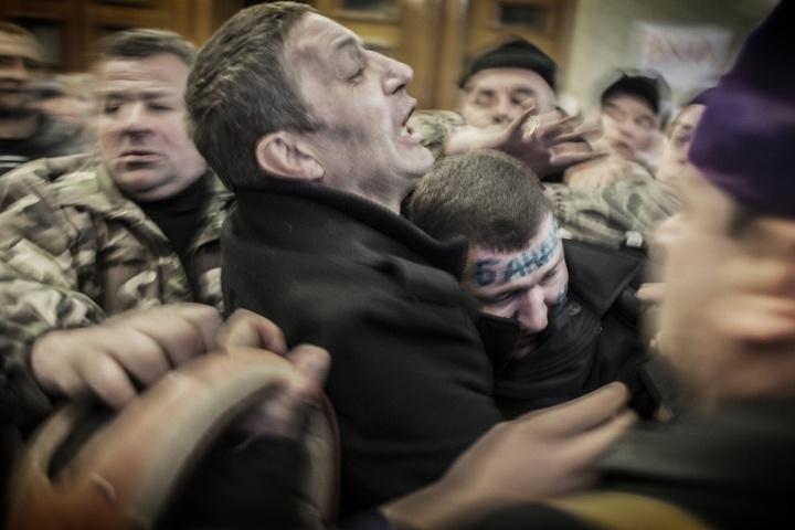 Kiev - Unstable truce