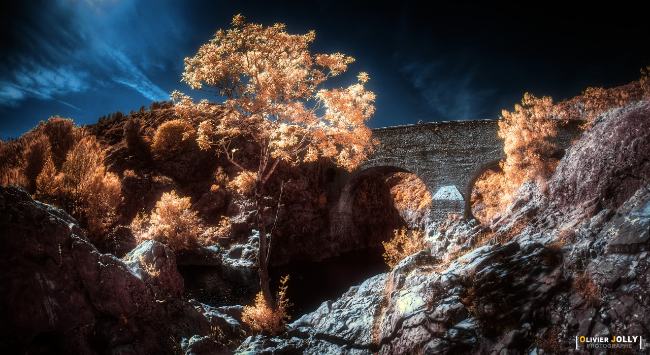 [Photo] Devil's Bridge