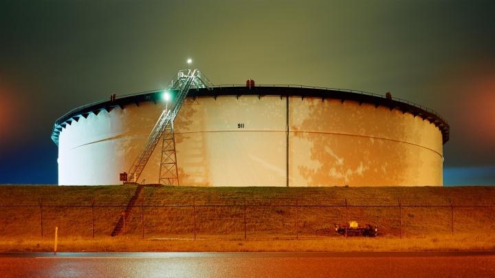 Oil storage 911