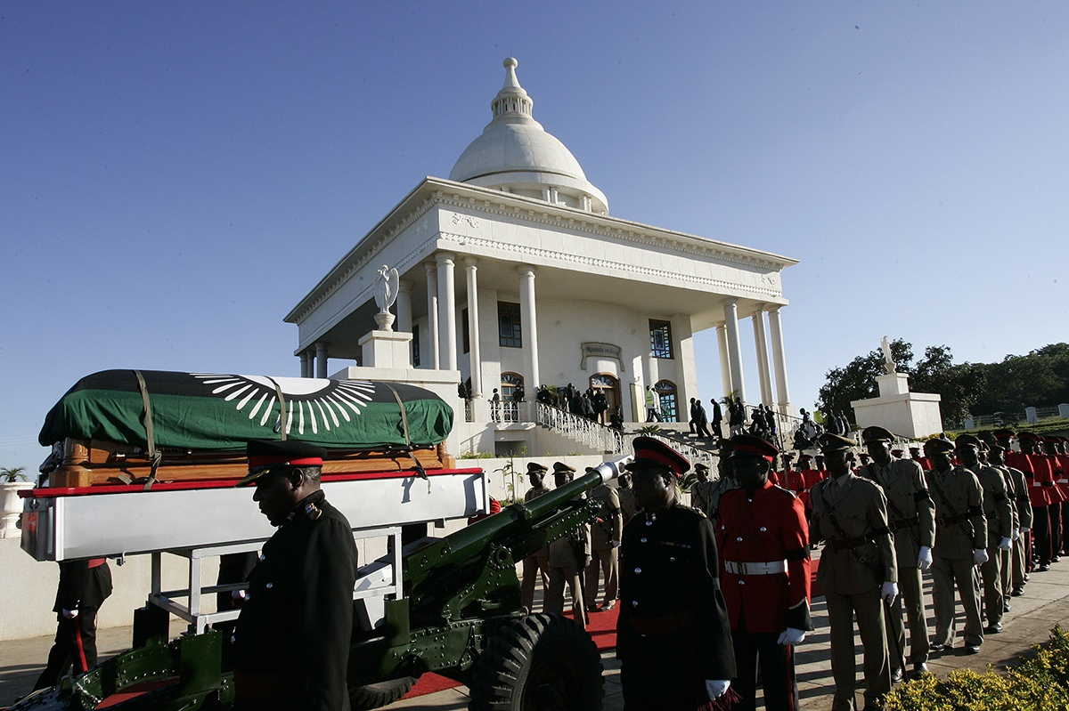 MALAWI PRESIDENT BURRIED IN MAUSOLEUM HE BUILT