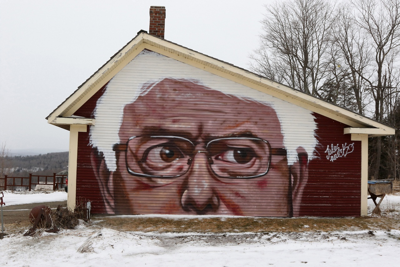 Bernie on the barn