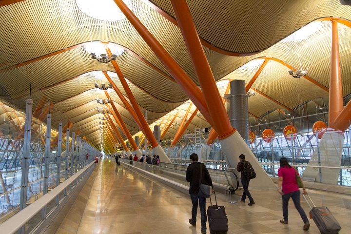 Extraordinary Airport Architecture