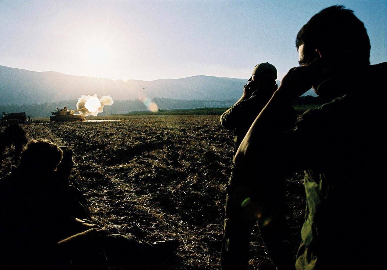 Artillery unit firing, Second Lebanon War