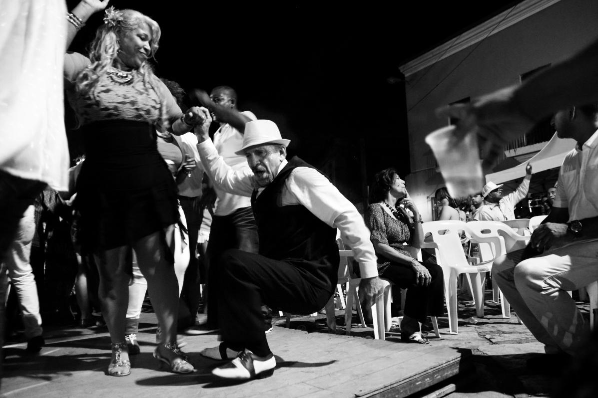 Dancing Cuban Son