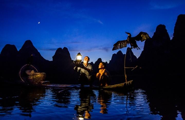 The Yin-Bou fishermen