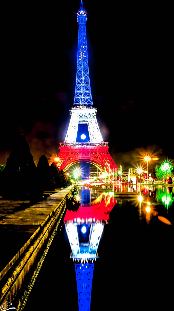 Eiffel Tower withe her new dress