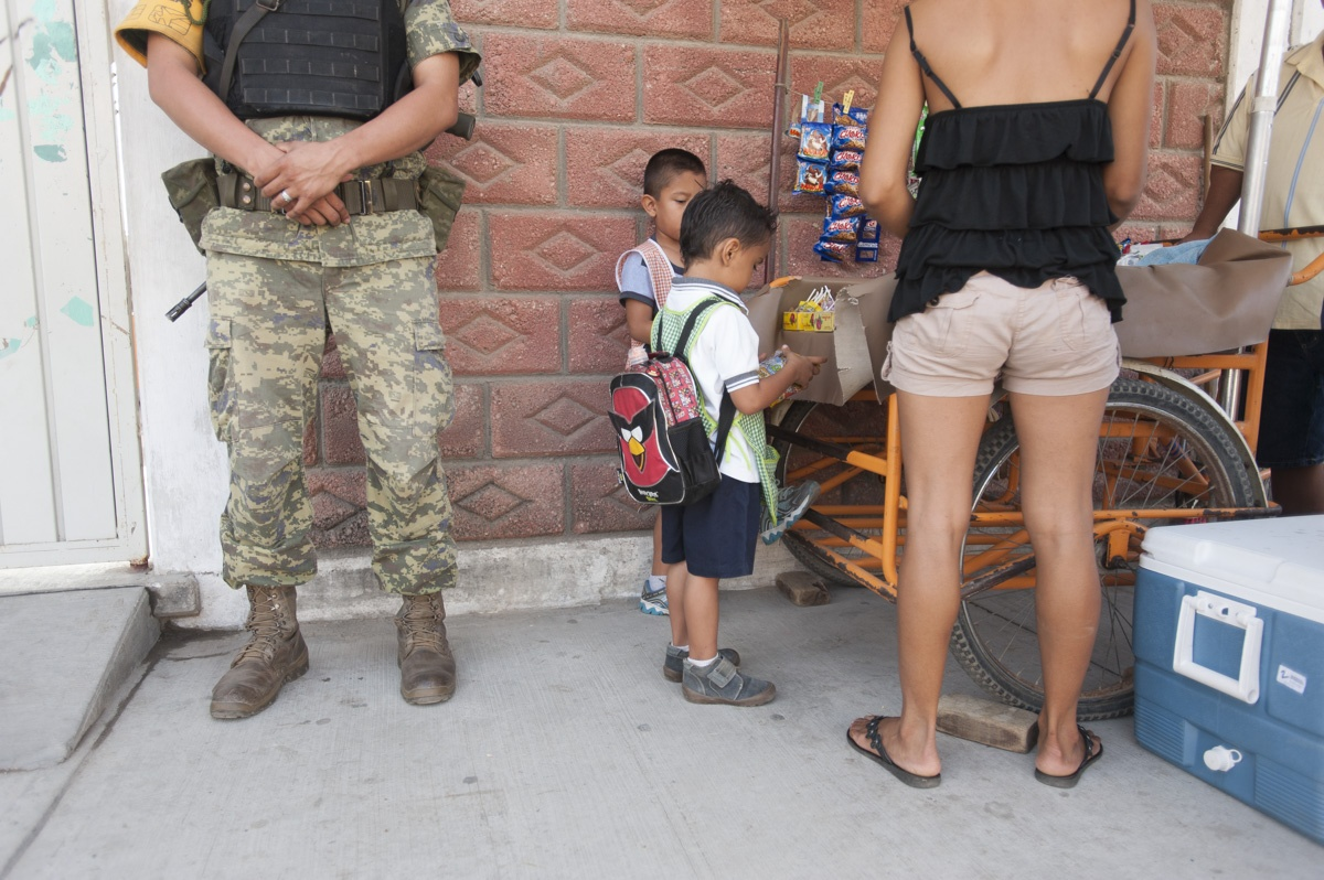 Army guard at elementary school, Acapulco.
