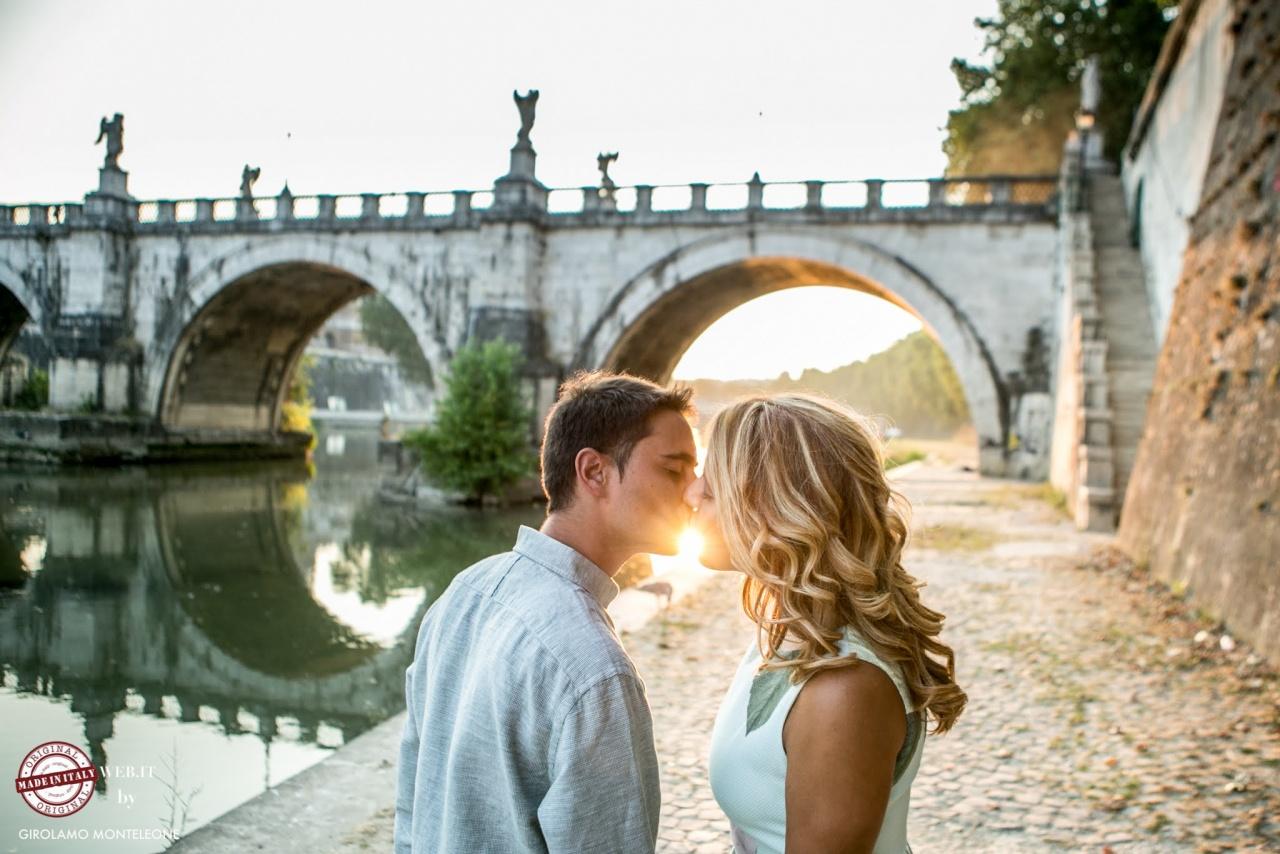 Kiss in Rome