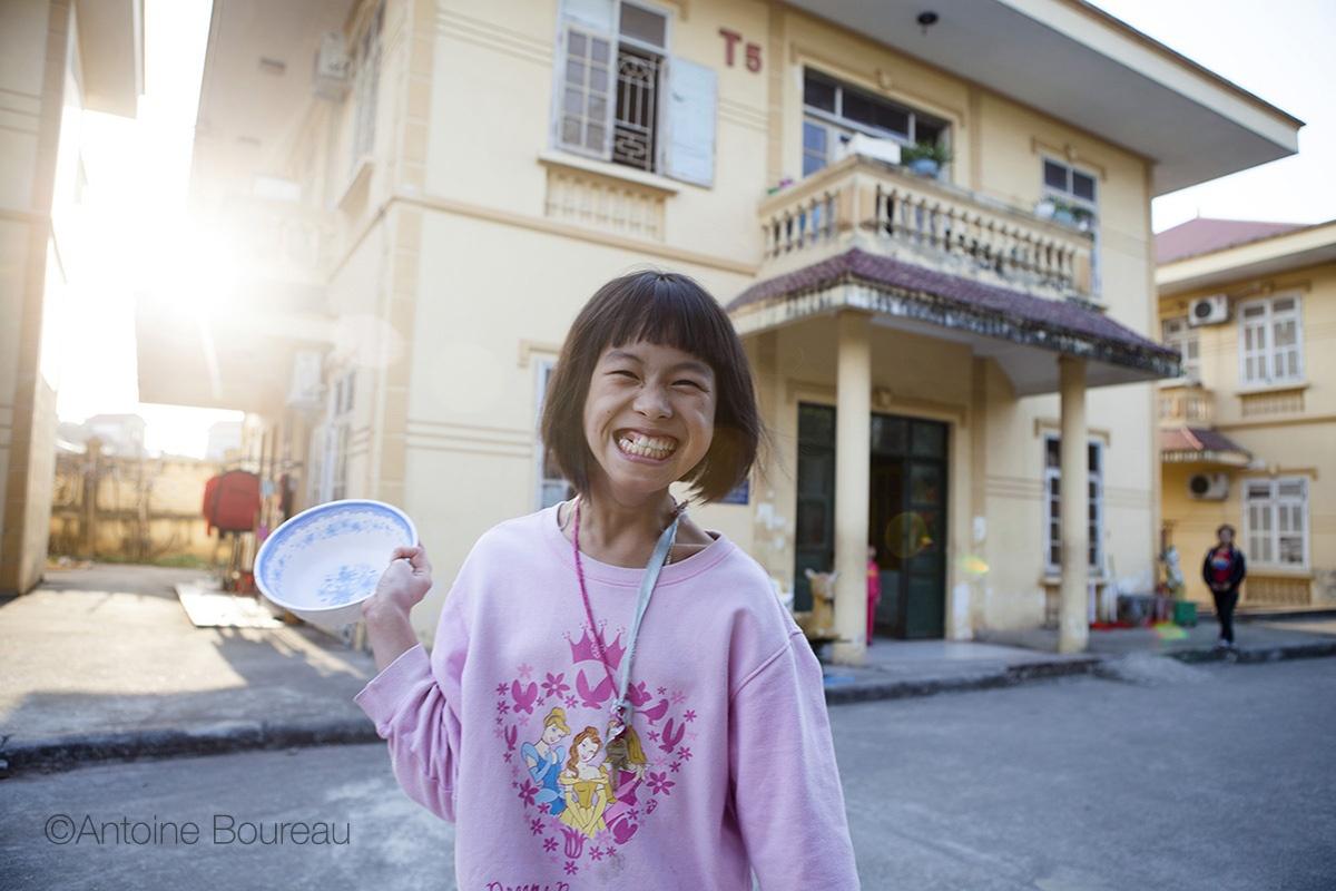 Mai Anh, friendship village