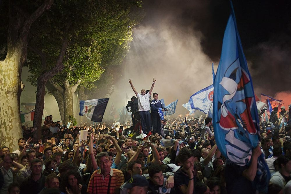 Naples football fans