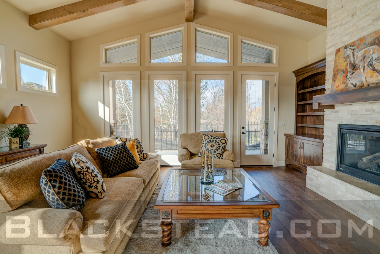 The Sawtooth Family room
