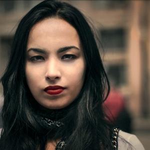 Ana Caroline De Lima