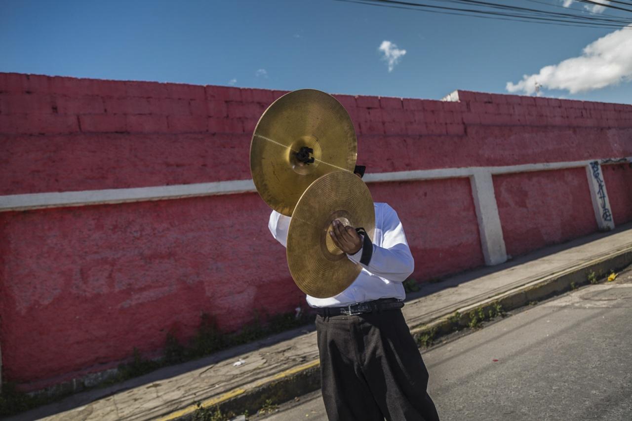 Cymbals man