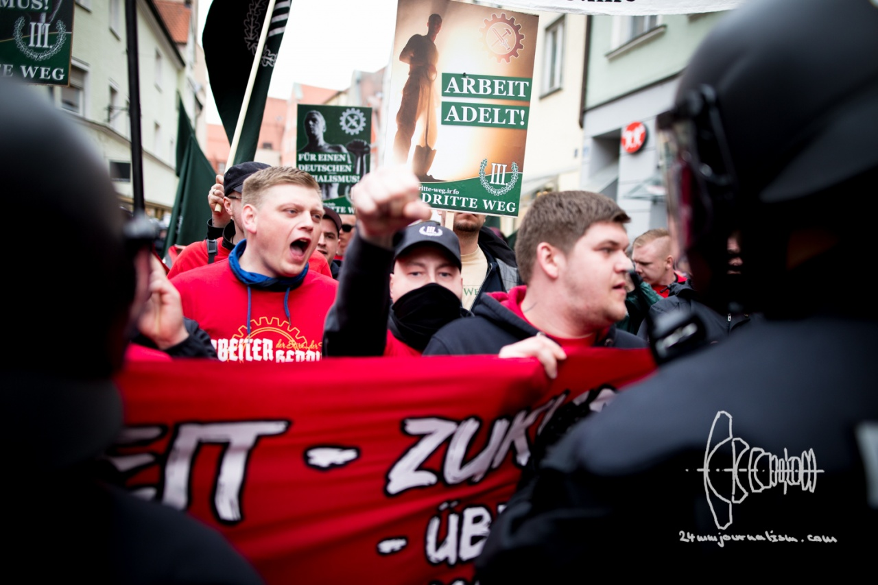 Neonazi-party III. Weg rallies through Ingolstadt