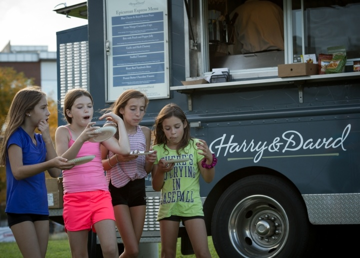 Harry and David Food Truck