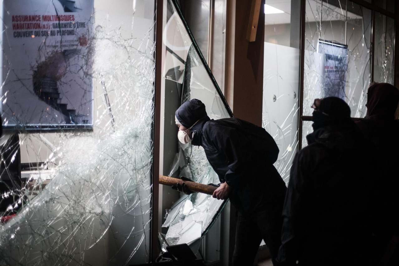Riot in Rennes ( 13 April )
