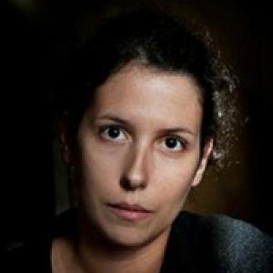 Lara Jacinto