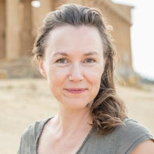 Cynthia Van Elk