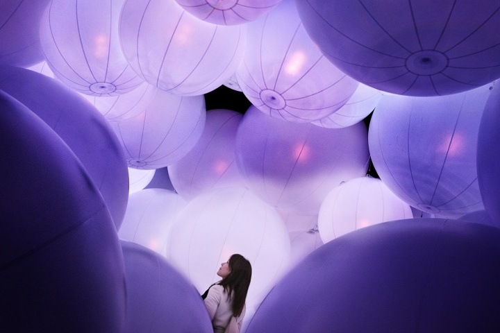 Lost in the balloons