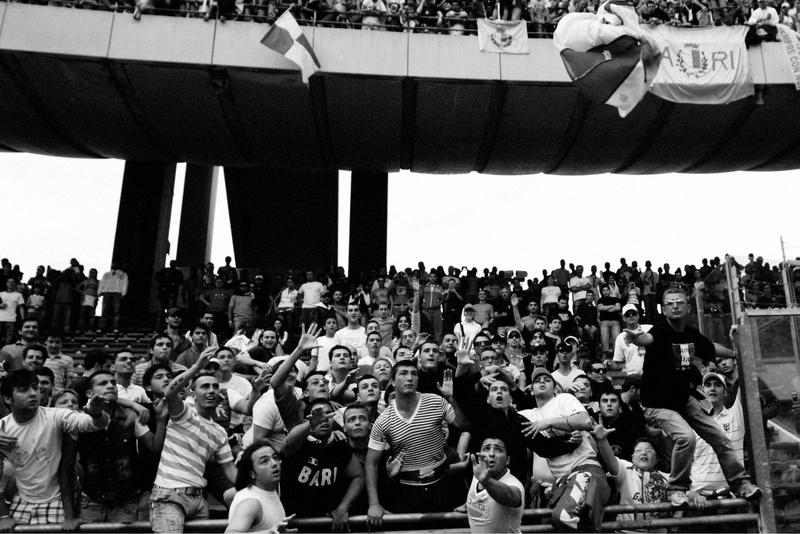 Bari supporters