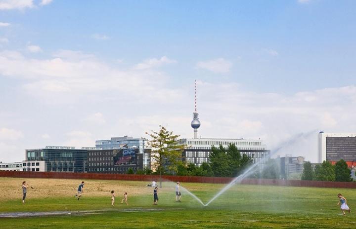 The Sprinkler, Tiergarten, Berlin